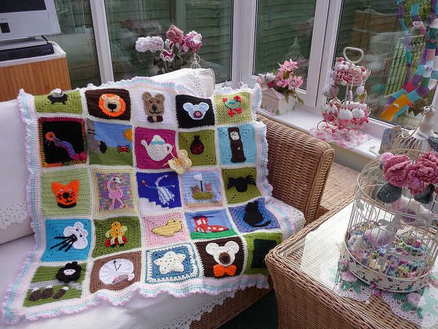 The SIBOLETTES have done it again with a cute blanket of crochet squares inspired by nursery rhymes.
