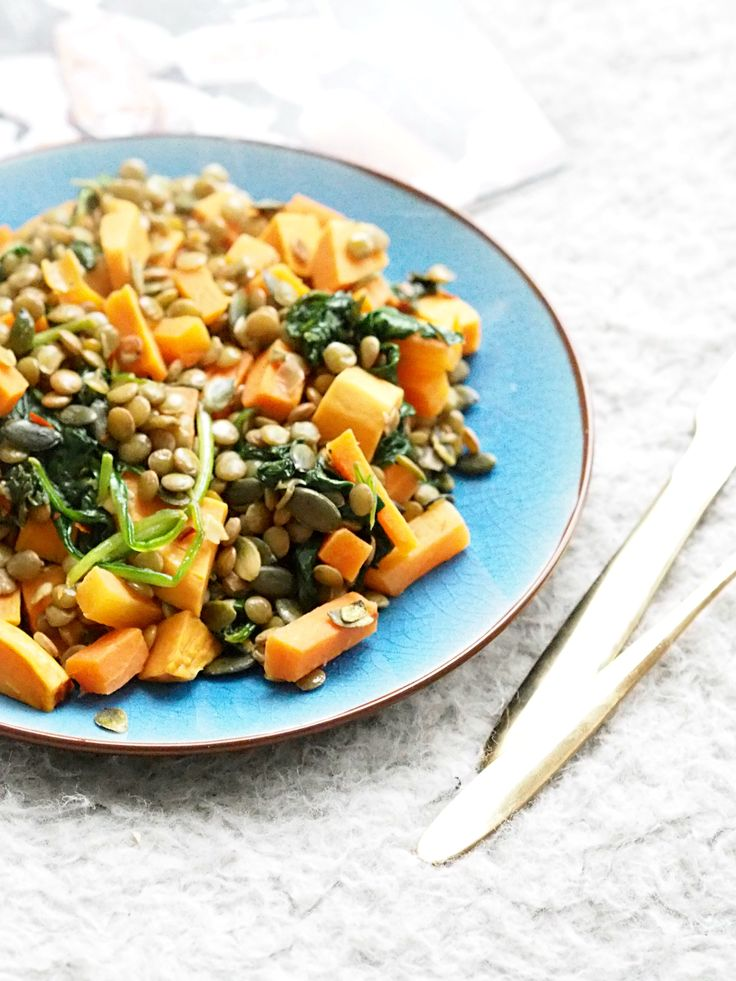Sweet Potato And Spinach Salad | 2 servings 4 handfuls of fresh, washed spinach / 2 large carrot / 1large, precooked sweet potato / 2-4 dl dried green lentils / 1 tbsp soy sauce / 2 tsp sea salt / 2 tsp dried dill / 2 tsp dried chili flakes. / Cook the lentils as suggested, and rinse. Fry the veggies in olive or coconut oil and be careful not to over-fry. Add the spices and then the cooled lentils. Top w/ soy sauce & serve immediately.