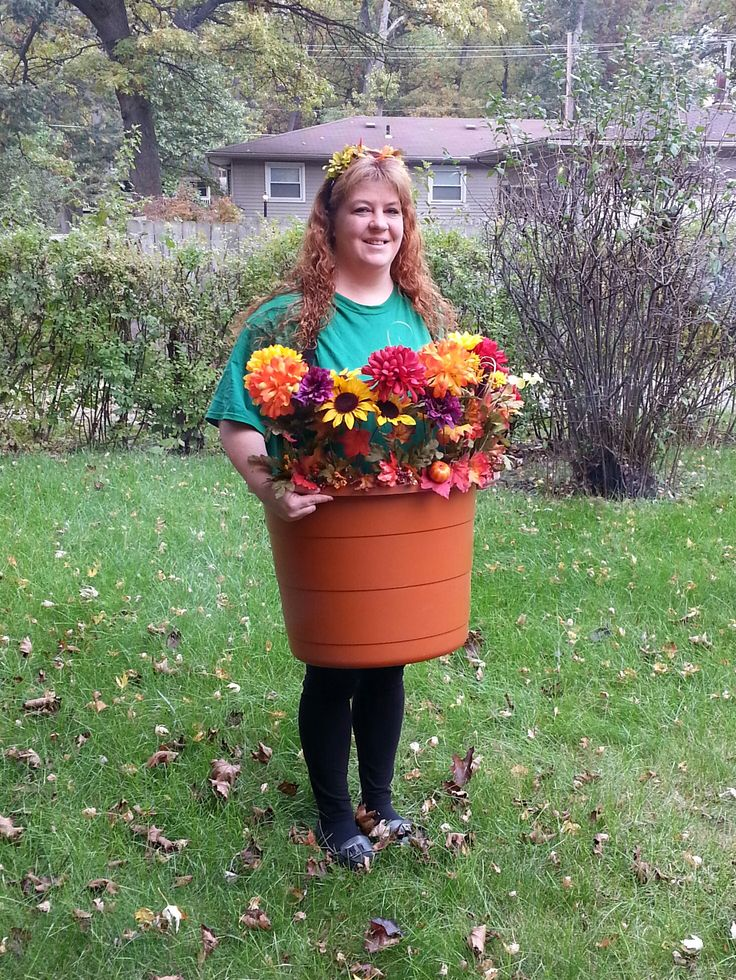 Halloween flower pot costume. We also made this costume together.