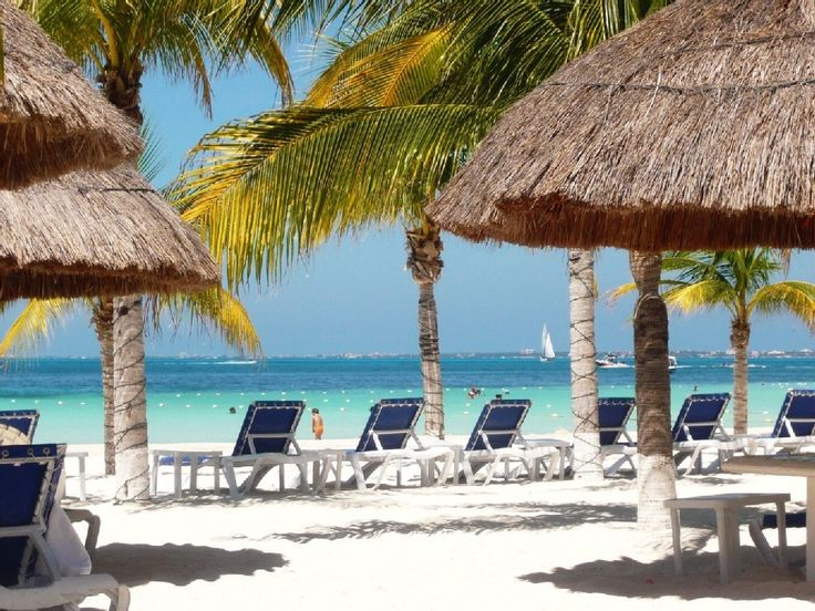 La Misión apartment rental - Beachclub we recommend our Guests in Cancun