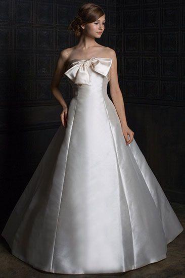 ソフィアローレンス|ウェディングドレスのレンタルならジュレカーラ(東京・横浜・大宮)
