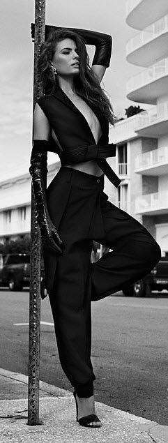 Cameron Russell for Vogue Australia Damn. She is hot and oh ya,,so is what she is wearing~~