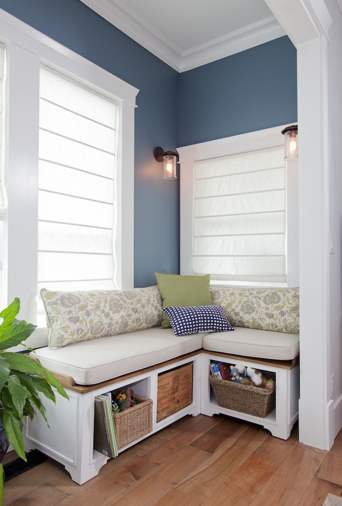 Best Corner Window Seats Ideas On Pinterest Corner Windows - Beautiful windows and love the window seat with blue white cushions