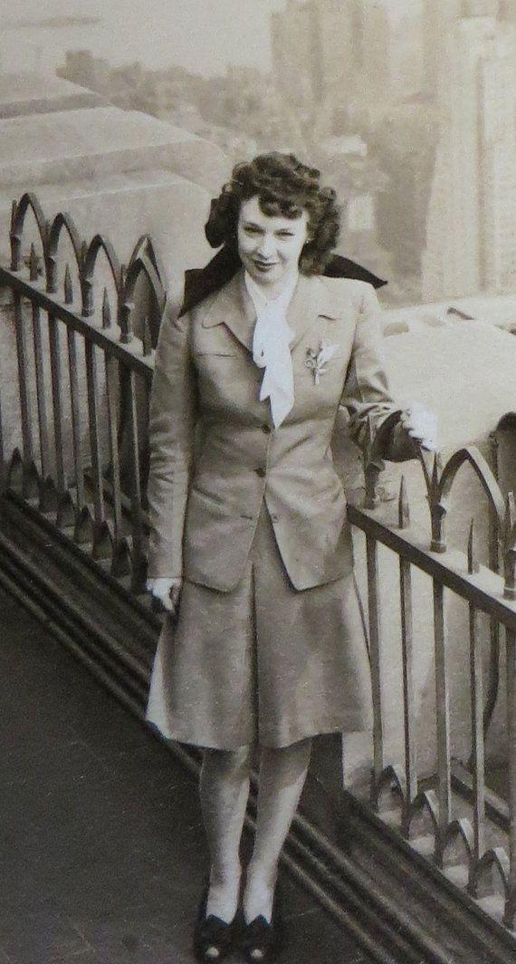 Via Etsy-Vintage 1940's Pretty Lady & The New York Skyline Rockefeller Center Rooftop Photo (Note:Affiliate Link) #1940s #1940svintagephoto #1940sphoto #1940snewyork #1940swoman #1940svintage