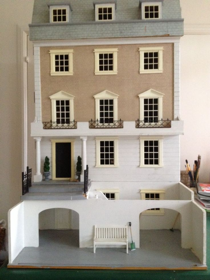 For Sale - Much loved Kensington Town House, with dolls, furniture and electrics, for sale - The Dolls House Exchange (it-some nice outside space to play with!)
