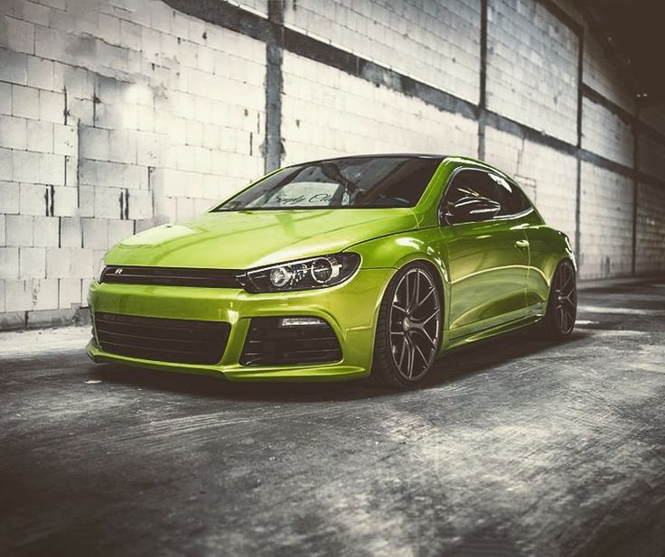 Z-Performance Wheels on viper green painted VW Scirocco