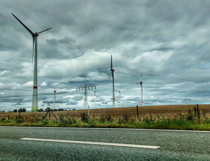 Vestas from Rostock - Berlin . . . #cleanenergy #vestas #windmill #greenenergy #germany #deutschland #eu #europe #road #travel #explore #discover #windmillfield #travel2017 #cloud #igers #igersgermany #in_germany #ongooglemaps #contest #phonephotography #field #enroute #energy #clickedbykarenf