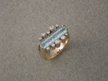 Aquamarine tubes and Diamonds