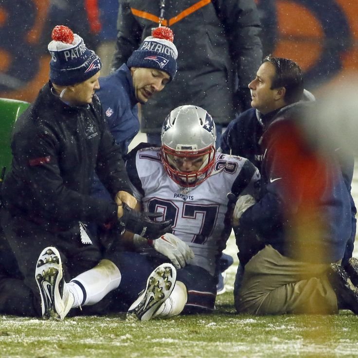 Rob Gronkowski Injury: Updates on Patriots Star's Hamstring and Return | Bleacher Report