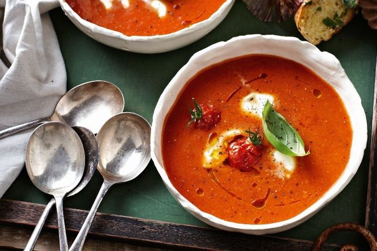 Tomato soup with melting bocconcini