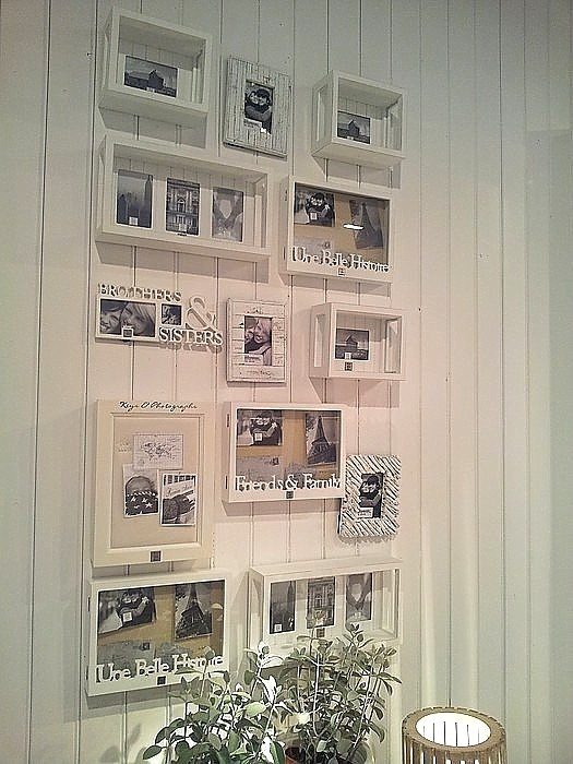 words and frames wall gallery art framing interior decorating 19