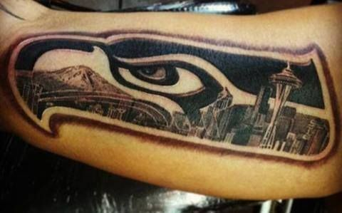Awesome Seahawks/Seattle tattoo! k I don't normally celebrate sports team tattoos only cause the Sonics broke my heart.. but this is a pretty epic tattoo