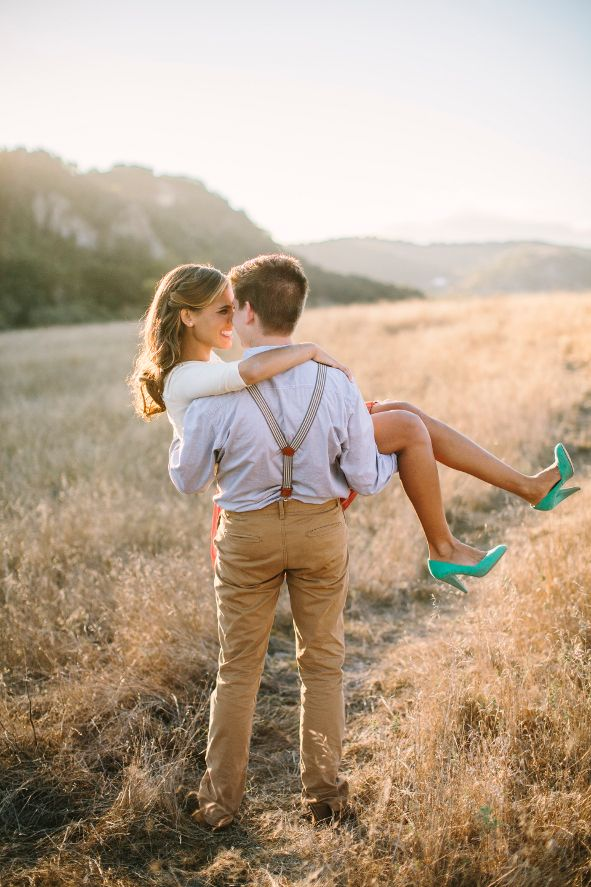 Sweet engagement pictures.