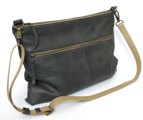 Classic Leather messenger bag, shoulder bag, crossbody bag, everyday style, office bag, cycling bag, unisex on Etsy, $283.00