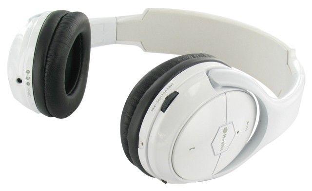 Los auriculares bluetooth Beewi BBH100 son auriculares de diadema con tecnología bluetooth lo que permite una total libertad de movimientos, no para movernos en casa libremente, sino también fuera de casa siempre que llevemos un dispositivo bluetooth.