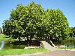 Adelaide Park Lands - Wikipedia, the free encyclopedia