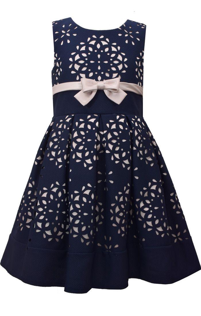 Außergewöhnliche Festtagsmode für Mädchen! Jetzt shoppen auf Dreamdress.at! #festtagskleid, #festtagsmode, #mädchen, #mädchenmode #mädchenkleider  #traumkleid #dremadress #girl #girlsfashion #girl #specialoccasiondress