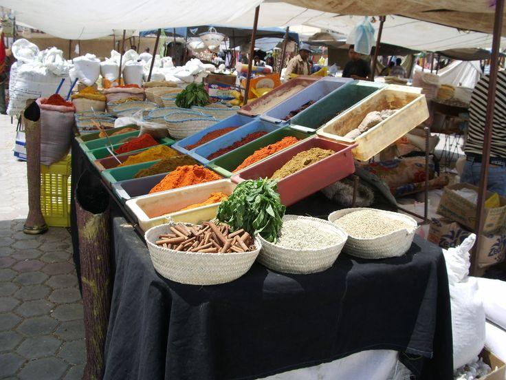 Profumi d'Africa - Mercato di Tozeur (TUNISIA) #africa #tourism #Tunisia