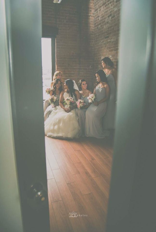 Bridesmaids picture photo by Rolphotos