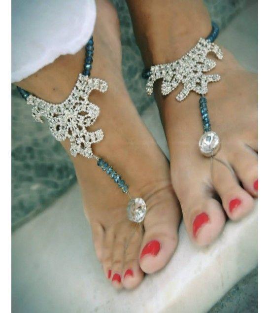 Χειροποίητα νυφικά barefoot with real crystal stones.