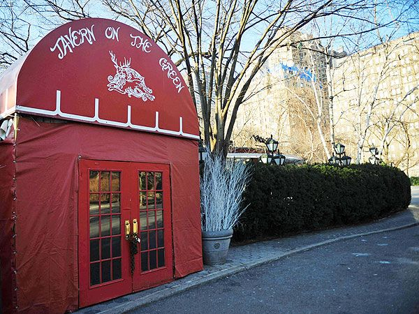 PHOTOS: N.Y.C's Tavern on the Green Reopens With New Look and Menu http://greatideas.people.com/2014/04/24/tavern-on-the-green-reopens-menu/