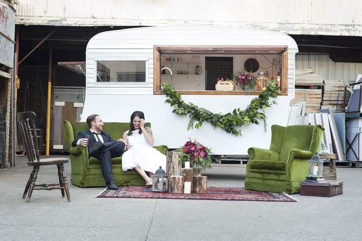 Gathering Events offers a charming renovated mobile vintage caravan bar on wheels available for weddings and special events. Brisbane, Gold Coast, Noosa & Byron Bay.
