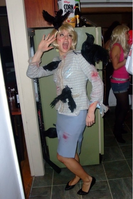 Birds Halloween costume- Brilliant.