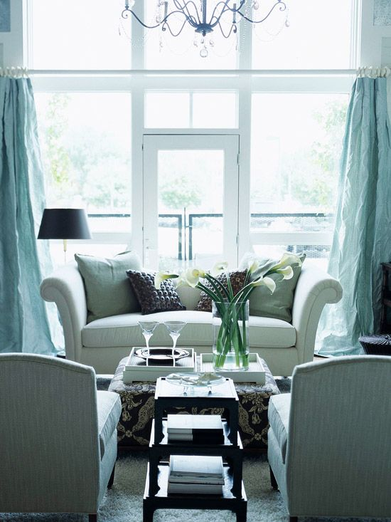 Use white or pale colors, which increase the brightness of a room by reflecting light in a small room