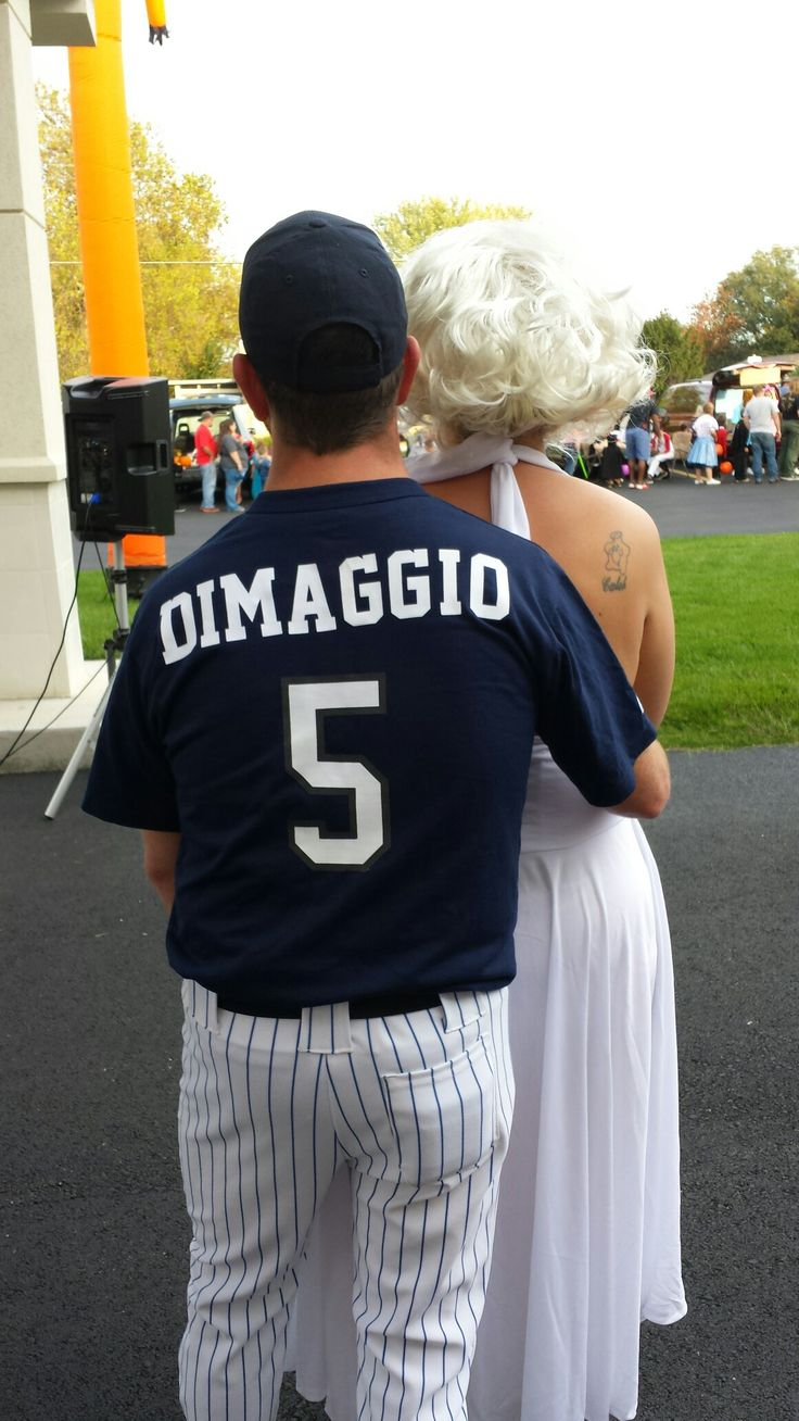 Our couples costume! Joe Dimaggio and Marilyn Monroe!