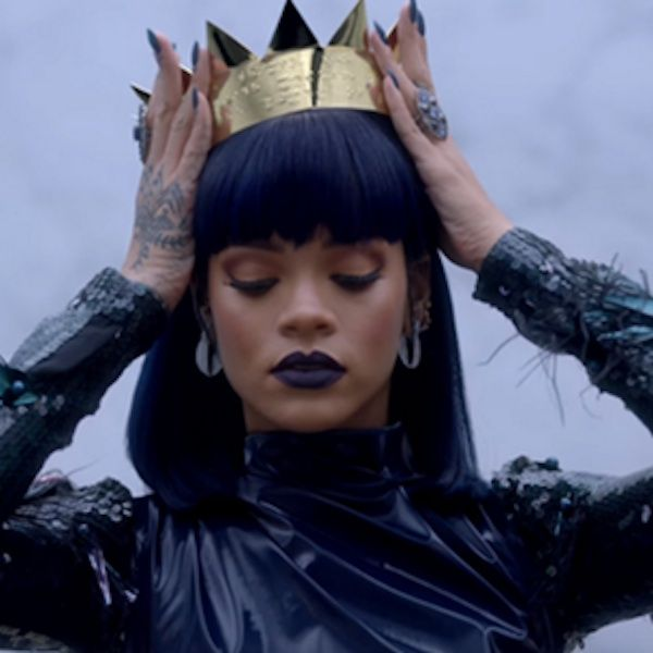 "Did Rihanna's ""ANTI"" Track List And Release Date Leak? - http://oceanup.com/2016/01/08/did-rihannas-anti-track-list-and-release-date-leak/"