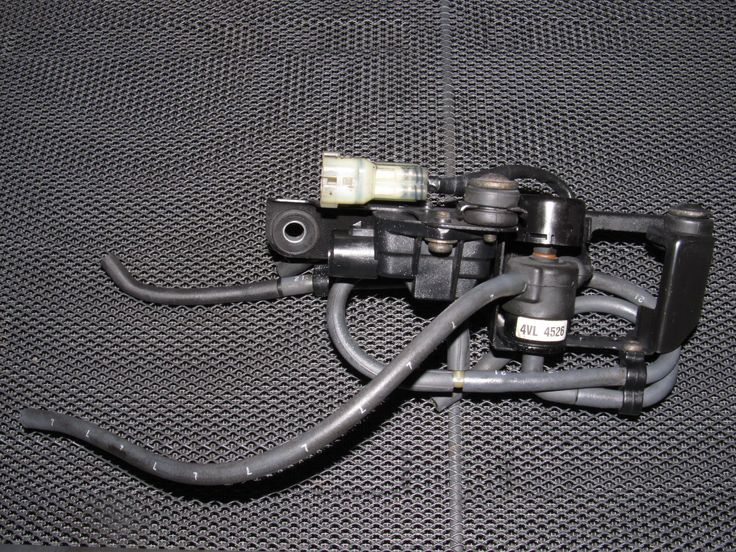 88 89 Honda CRX OEM D15B2 Engine Purge Solenoid & Map Sensor