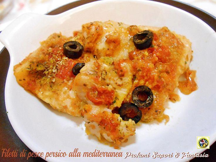 I filetti di pesce persico alla mediterranea sono un'ottimo secondo di pesce dal profumo intenso. Ricetta facile e veloce che piacerà a tutta la famiglia.
