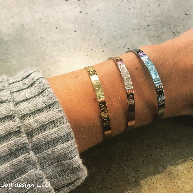 Bangles with sayings from Joytag; NOK 329.- www.smykkeboden.no