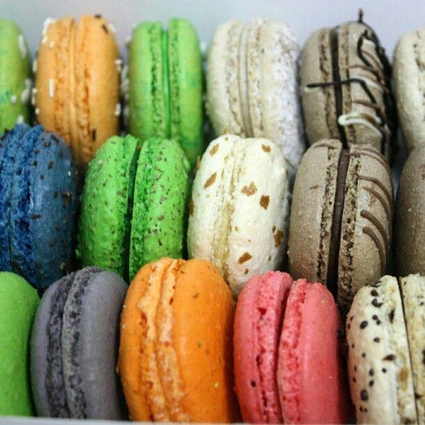 $  Macarons - создай настроение: http://mixville.ru/macarons #macaron #macaroon #candy #sweets #yummy #cooking #dessert #макарони #mixville