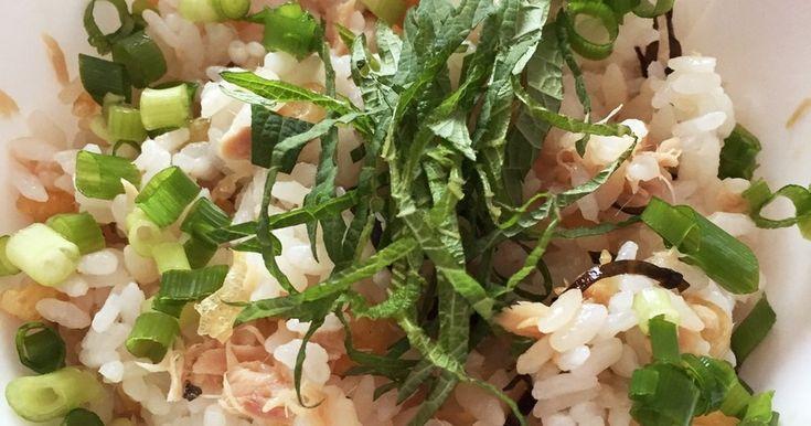 揚げ玉と塩昆布とツナの混ぜご飯 by るるまぬ 【クックパッド】 簡単おいしいみんなのレシピが281万品