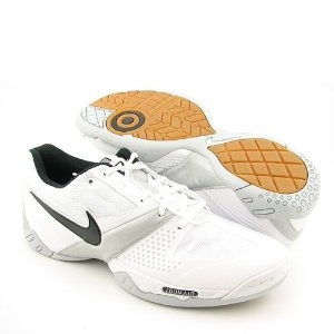 Nike volleyball shoes(: WANT.