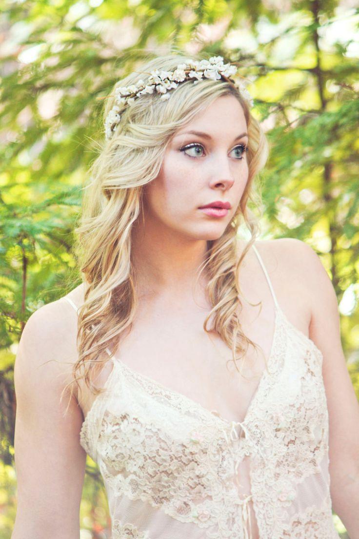 Flower crown, rustic head wreath, wedding headband, bridal hair, wedding crown. $38.00, via Etsy.