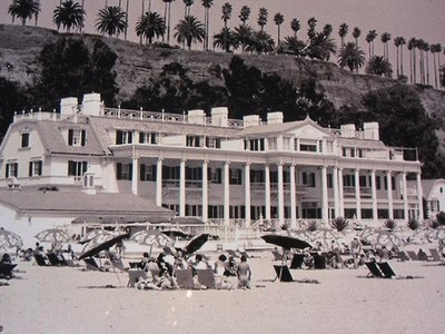 Marion Davies Beach House in Santa Monica (later owned by Peter & Pat Kennedy Lawford)....wow it is so quintessentially Hollywood...like a film backdrop!