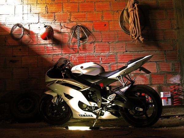 White Yamaha R6 motorcycles