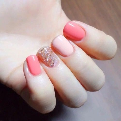 Shades of pinky peach and some glitter, of course!