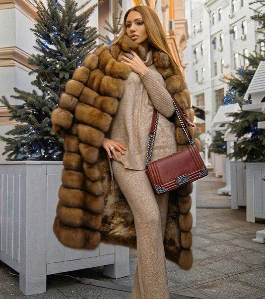 2107 best Elegant women in furs images on Pinterest | Furs, Fur ...
