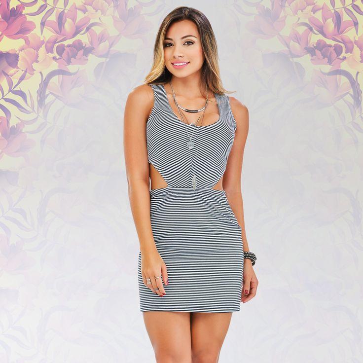Look de vestido silueta ajustada.  Perfecto para salir en la noche y robarte todas las miradas. Ingresa a www.dolcecatalogo.com