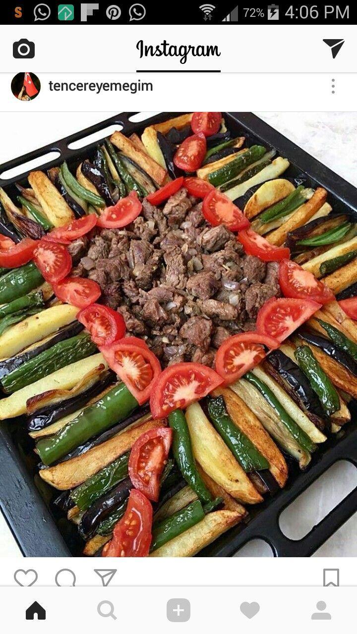 Grilled veggie meat platter (Balkan)