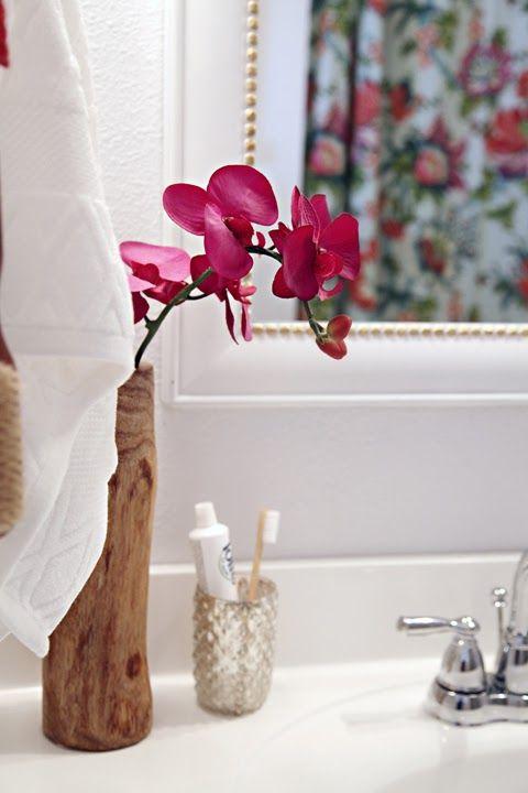 Cute bathroom decor for counter.
