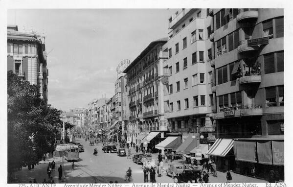 Alicante y su Rambla en 1957