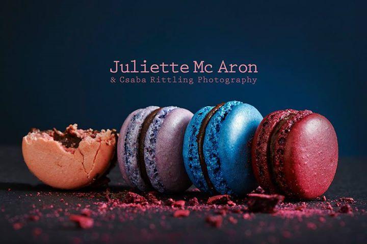 Juliette Mc Aron különleges odafigyeléssel elkészített macaronjai könnyeden elegáns díszei lehetnek minden jeles eseménynek, köztük az Esküvőnek is. Köszönő ajándékként, a desszert pultot megtöltve vagy akár a menyasszonyi torta díszeként méltán ajánljuk ezt az apró francia desszertet, a Juliette Mc Aron több éves tapasztalatának és kreativitásának garanciájával.  Helyszín: Bródy Studios 2015. június 06-án 10 órától! Várunk szeretettel!