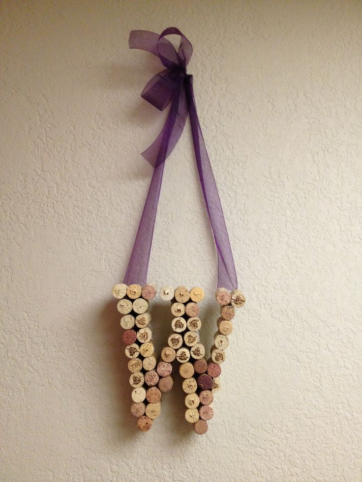 Pinterest discover and save creative ideas for Diy wine cork projects