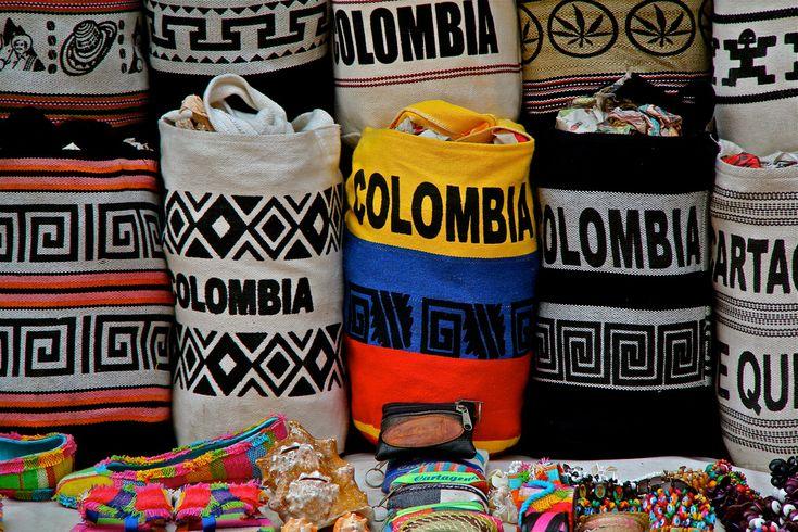 Yo compre mucho souvenirs de Colombia.