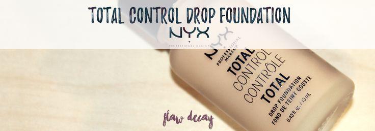 ¡Buenos días a todos! ~ Estas últimas semanas he estado probando laúltima base de NYX Cosmetics, la Total Control Drop Foundation,así que voya darosmis impresiones y opinión sobre el producto. (REVIEW)