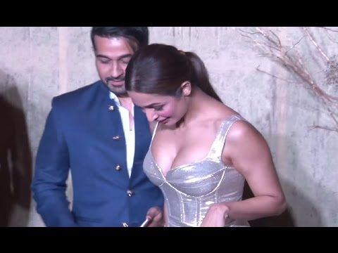 Malaika Arora Khan Looks SUPERH*T At Manish Malhotra's 51st Grand Birthday Bash.